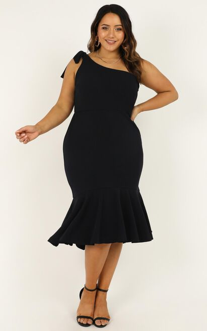 roits_real_dress_in_navy_1